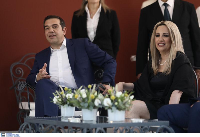 Αλέξης Τσίπρας και Φώφη Γεννηματά στο κιόσκι του προεδρικού μεγάρου
