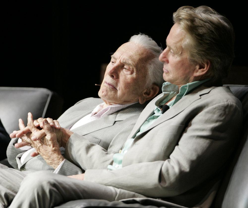 Κερκ και Μάικλ Ντάγκλας μαζί πριν από μερικά χρόνια