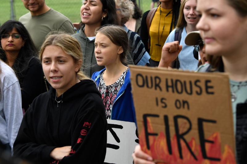 Μεγάλη διαδήλωση έξω από τον Λευκό Οίκο / Φωτογραφία: AP