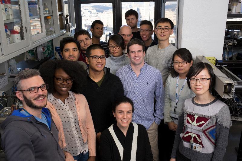Η ομάδα της καθηγήτριας Βιοιατρικής Μηχανικής και Ραδιολογίας στο Πανεπιστήμιο Κολούμπια της Νέας Υόρκης, Ελίζας Κονοφάγου