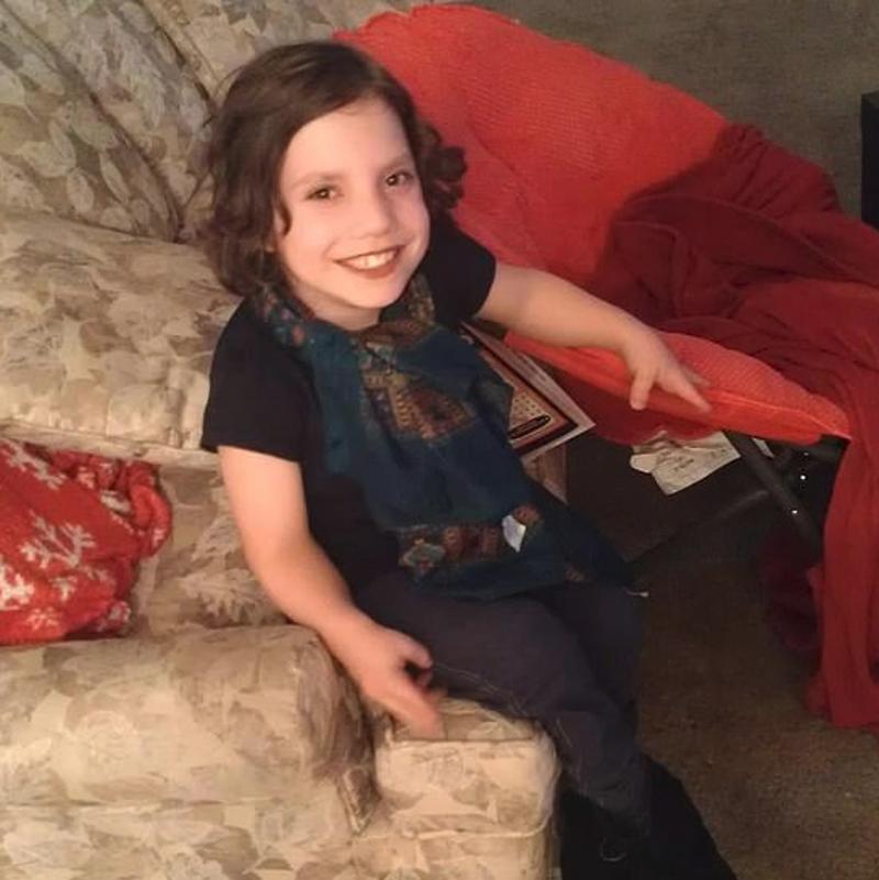Η 22χρονη νάνος που εξαπάτησε την οικογένεια για να την υιοθετήσει