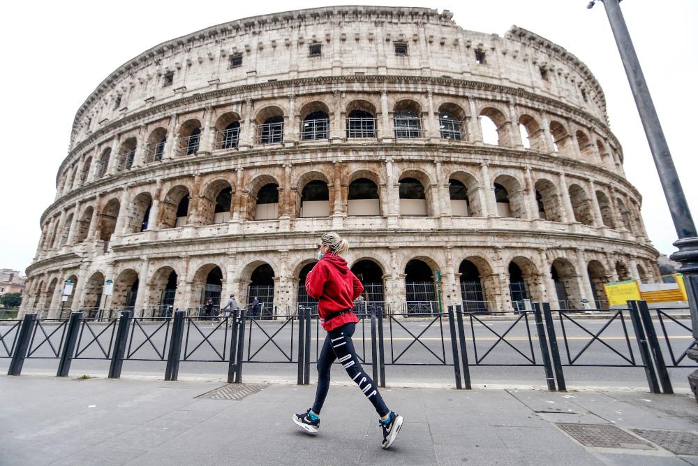 Το Κολοσσέο της Ρώμης χωρίς επισκέπτες