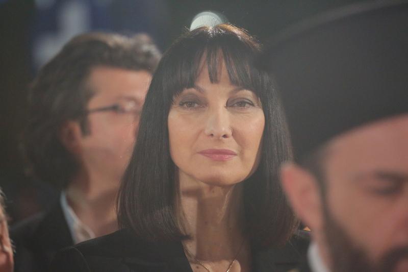 Η Ελενα Κουντουρά