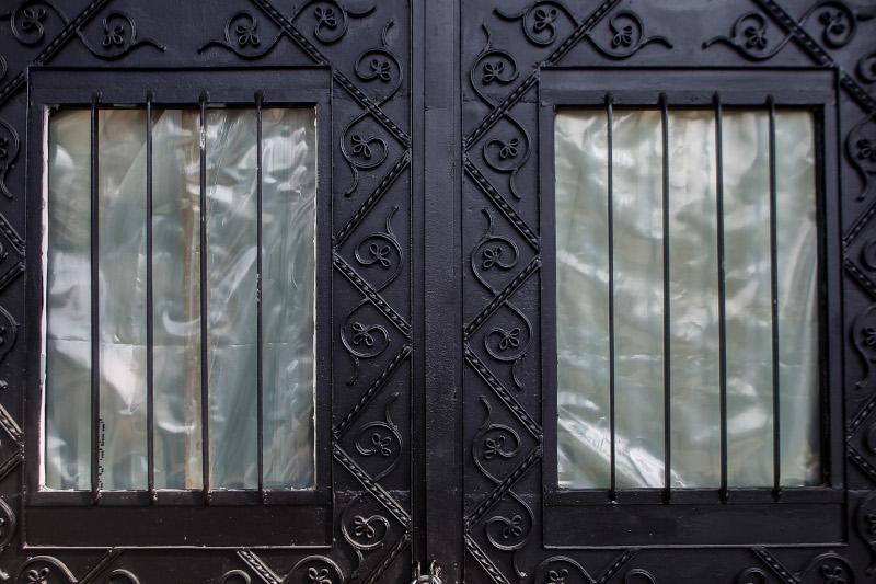 Η πόρτα του Κουρσούμ Τζαμί