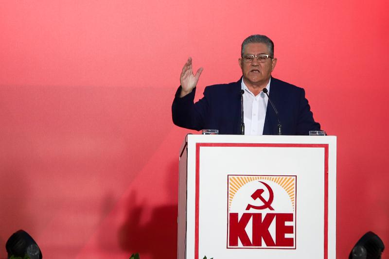 Ομιλία του Δημήτρη Κουτσούμπα στο Σύνταγμα / Φωτογραφία: EUROKINISSI