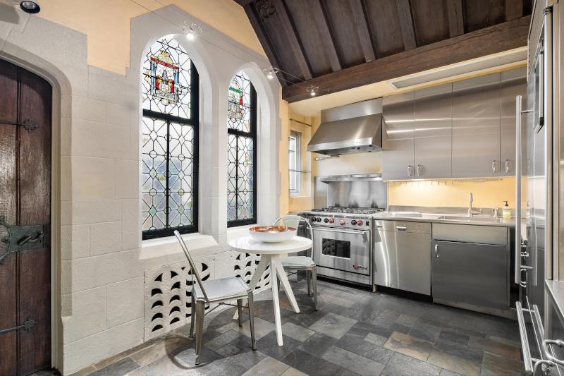 Η κουζίνα νέας κατοικίας Giorgio Armani