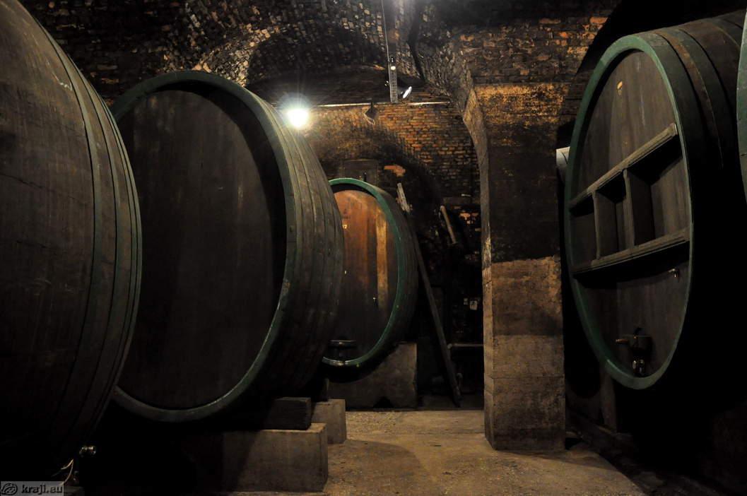 βαρέλια κρασί