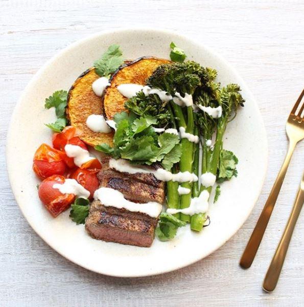 Πιάτο με λαχανικά και κρέας