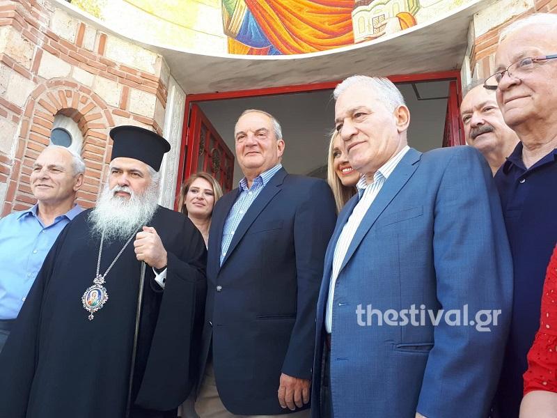Ο Κώστας Καραμανλής στον Ιερό Ναό του Αγίου Παντελεήμονα στους Αμπελόκηπους