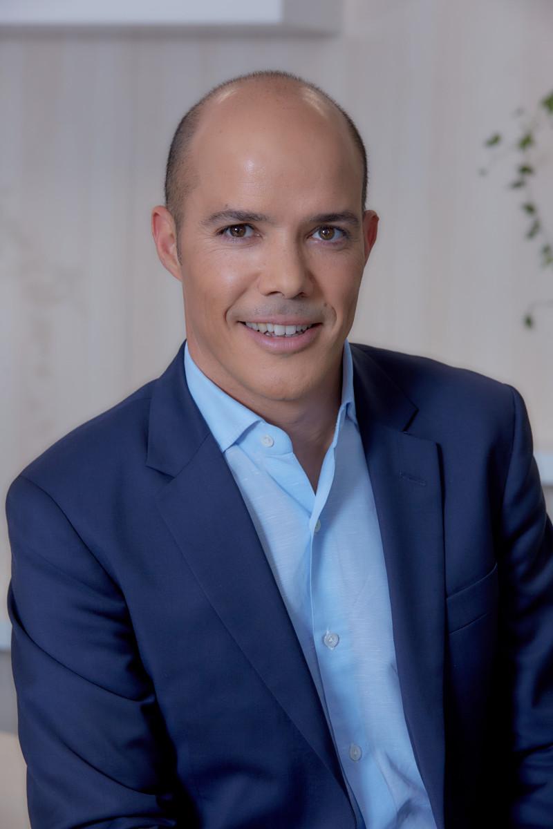 Ο πρώην Γενικός Διευθυντής της L'oreal Hellas, κ. Mehdi Khoubbane