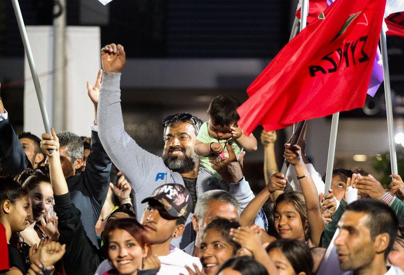 Οπαδοί του ΣΥΡΙΖΑ στη συγκέντρωση Τσίπρα στη Λαμία
