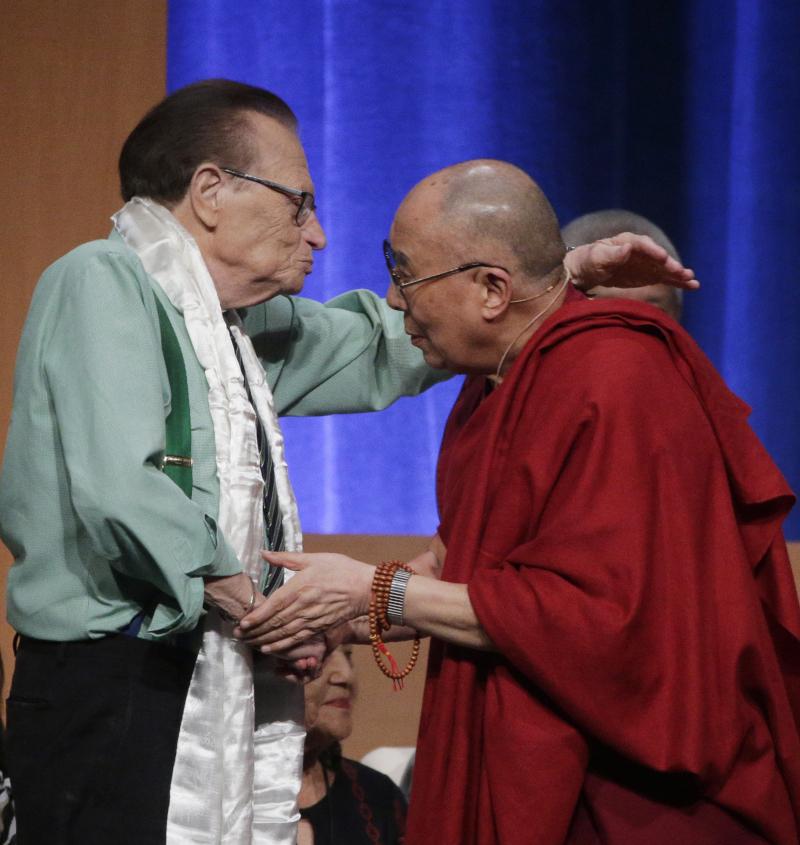 Ο Λάρι Κινγκ με τον Δαλάι Λάμα