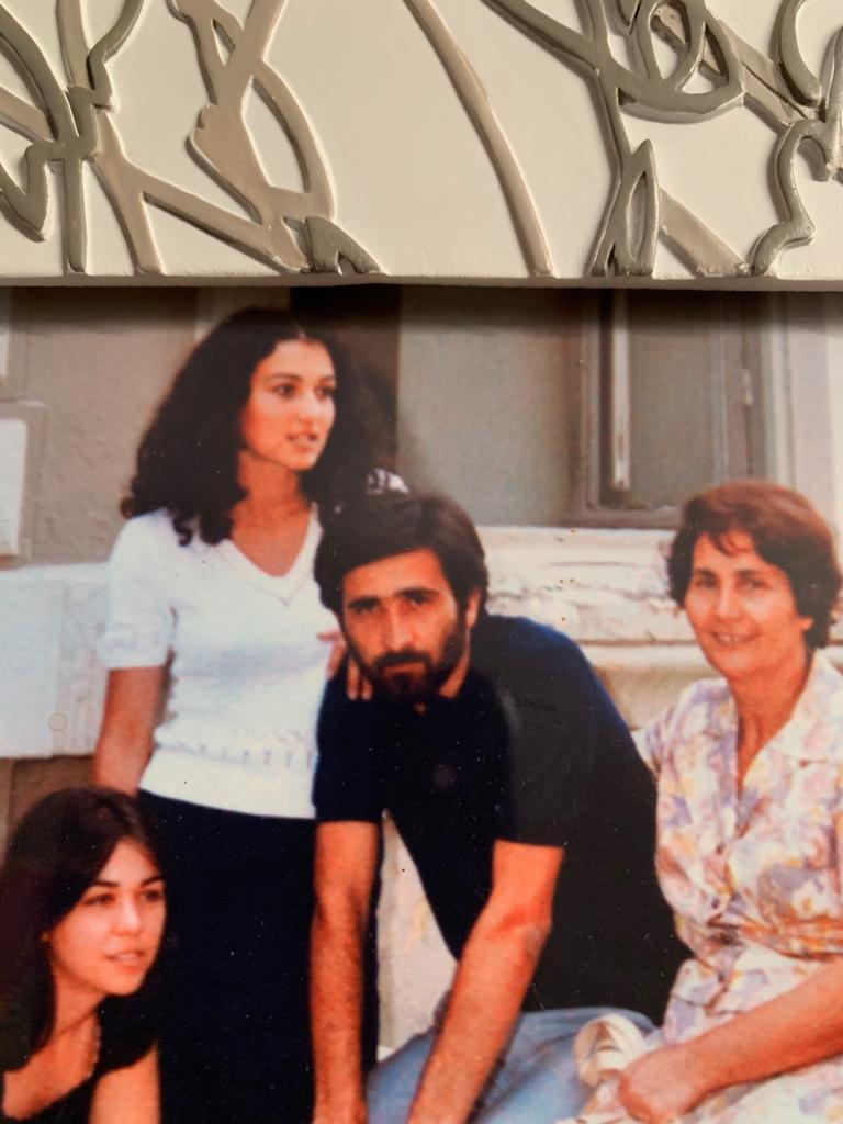 Η Τασούλα Λαζοπούλου και ο Λάκης Λαζόπουλος γνωρίστηκαν στο Δημοκρίτειο Πανεπιστήμιο Θράκης