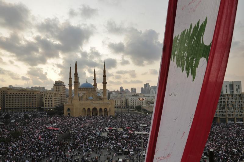 Πλημμύρισε από κόσμο η πρωτεύουσα του Λιβάνου