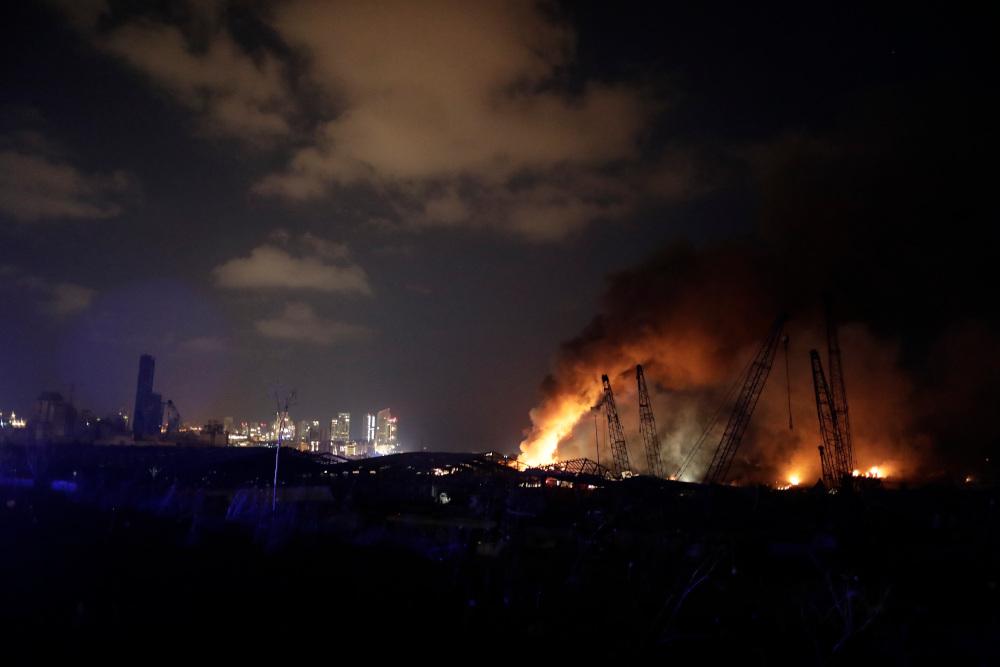 Φωτιά σε αποθήκη στη Βηρυτό