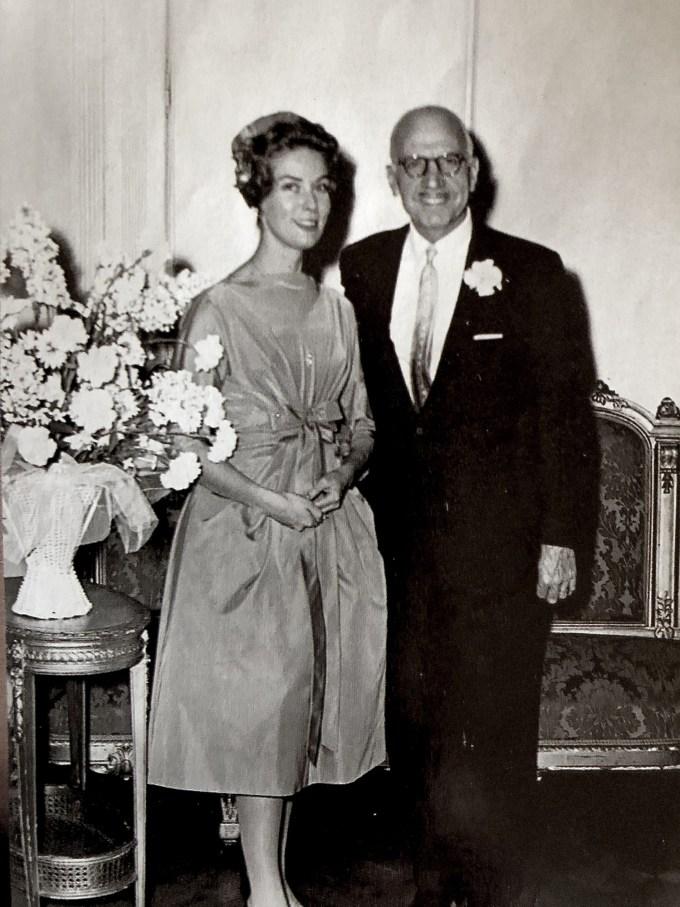 Η Λόλα και ο Ξενοφών Ζολώτας στο γάμο τους