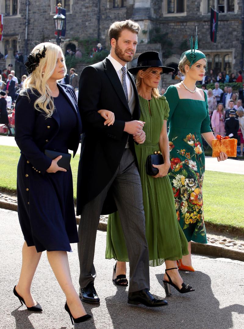 Ο Λούις Σπένσερ με κοστούμι στον γάμο της Μέγκαν Μαρκλ και του πρίγκιπα Χάρι