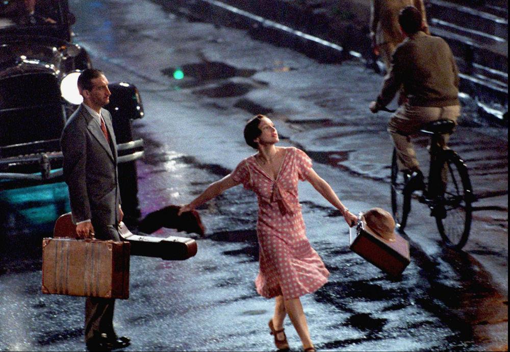 Σκηνή από την ταινία «Εβίτα» με τη Μαντόνα από το μακρινό 1996