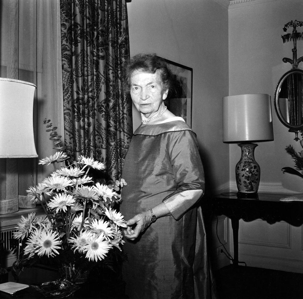 Η Μάργκαρετ Σέινγκερ στη Νέα Υόρκη το 1961, ένα χρόνο μετά την νομιμοποίηση του χαπιού αντισύλληψης