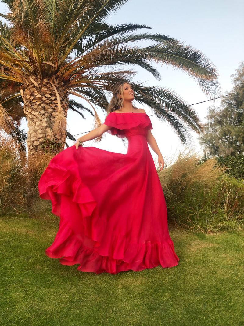 Μαριέττα Χρουσαλά με ροζ φόρεμα Σεπτέμβριος 2019