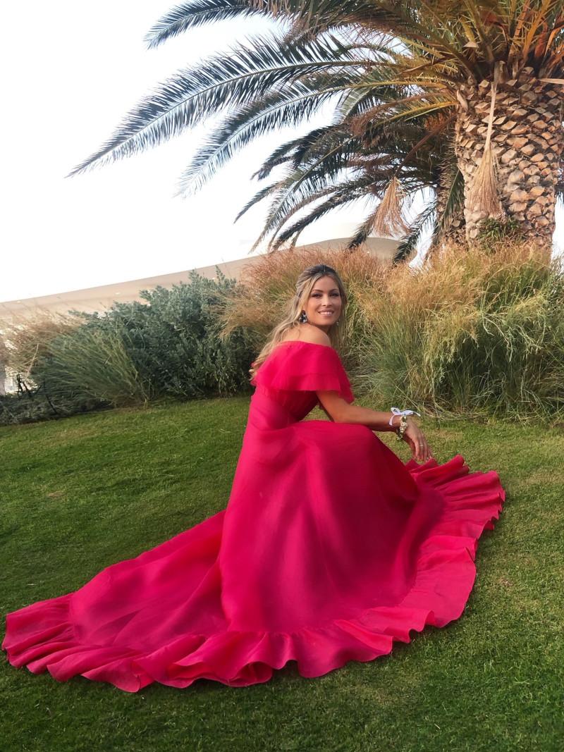 Μαριέττα Χρουσαλά με ροζ φόρεμα Celia Kritharioti