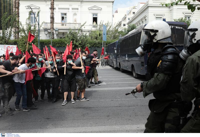 Φοιτητές και ΜΑΤ στο εκπαιδευτικό συλλαλητήριο