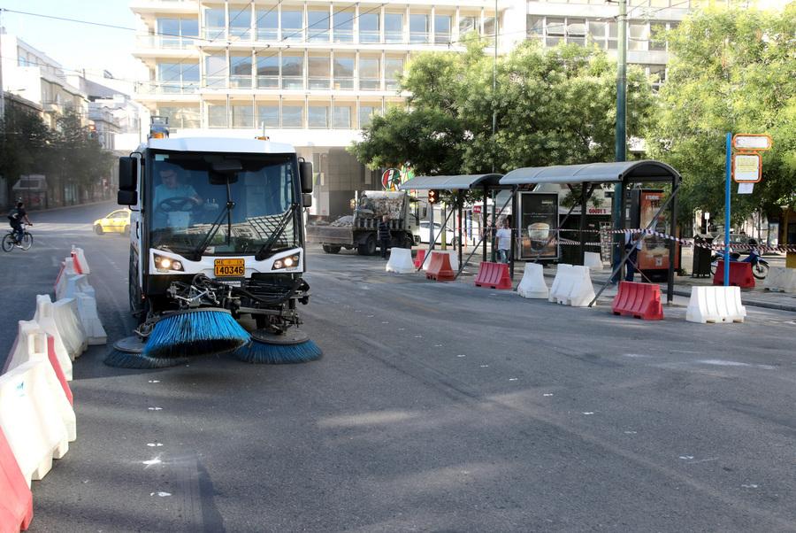Ολα τα οχήματα του Δήμου Αθηνών επί ποδός