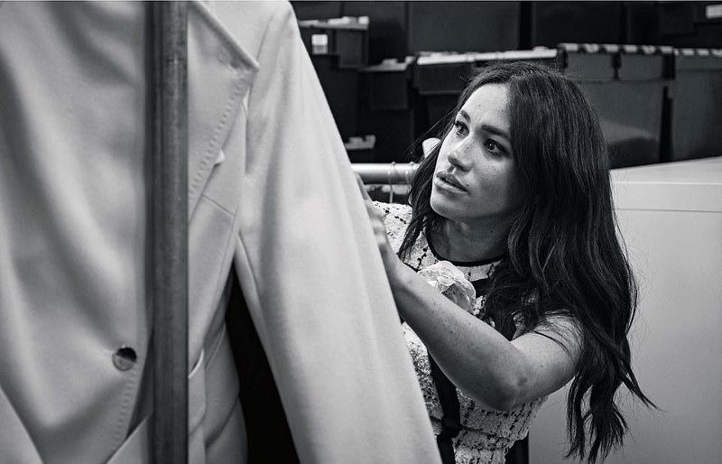 Η Μέγκαν Μαρκλ φτιάχνει ρούχα
