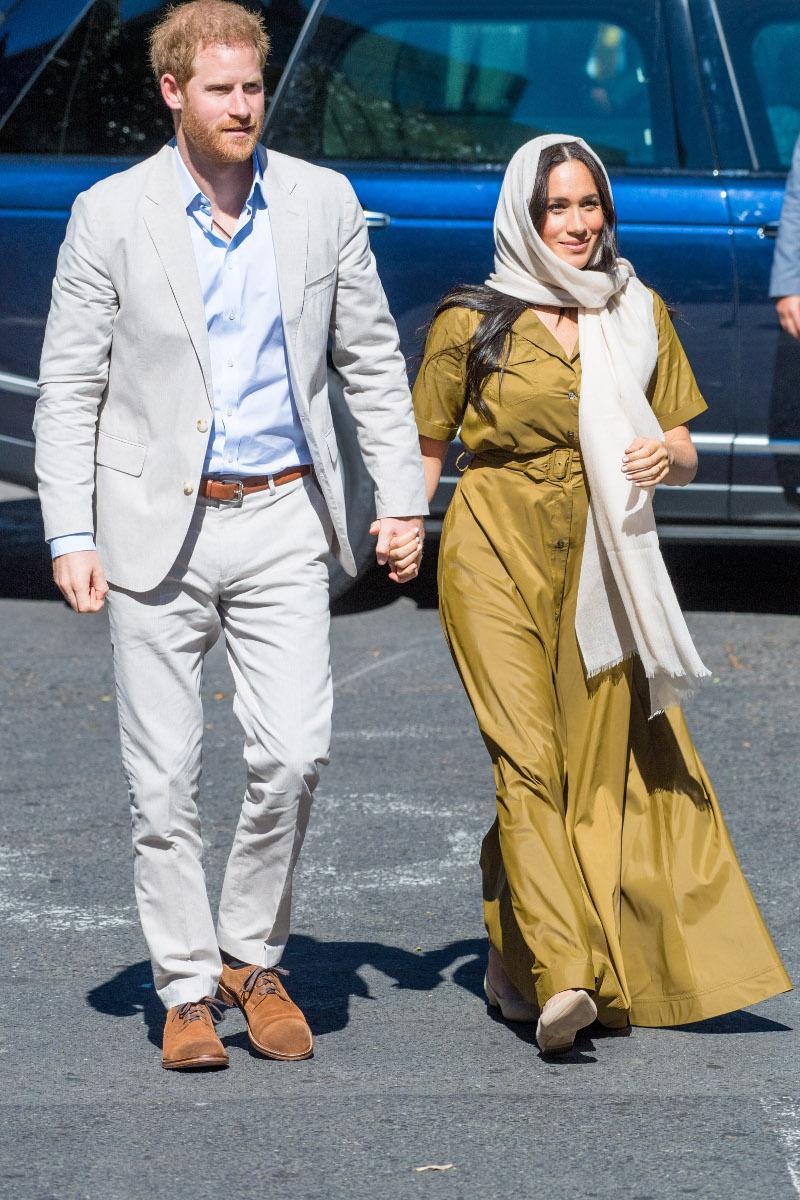 Η Μέγκαν Μαρκλ με μαντήλα στην  Αφρική, Σεπτέμβριος 2019