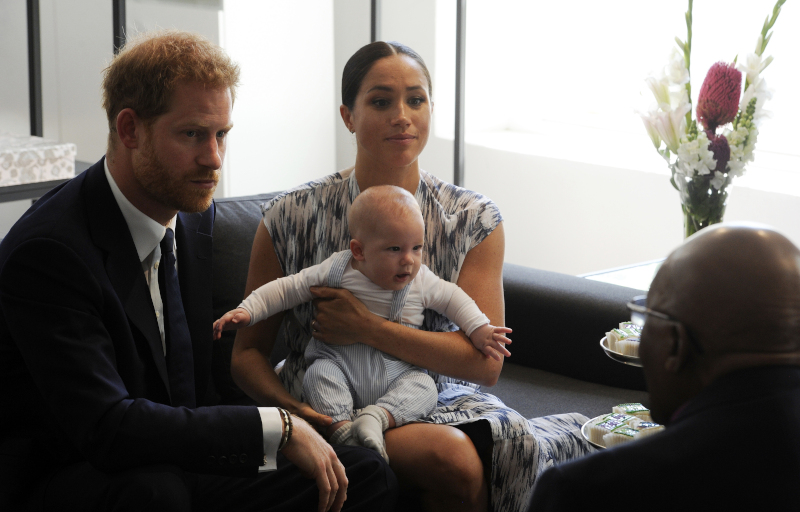 Ο πρίγκιπας Χάρι με την Μέγκαν Μαρκλ και τον γιο τους Άρτσι, μετακόμισαν πλέον στο Λος Άντζελες