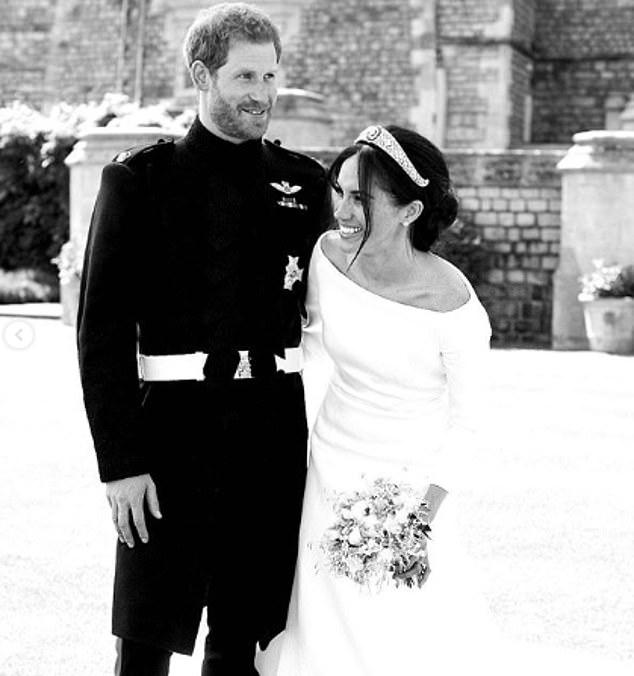 Πρίγκιπας Χάρι και Μέγκαν Μαρκλ λάμπουν από ευτυχία σε αυτή την αυθόρμητη φωτογραφία