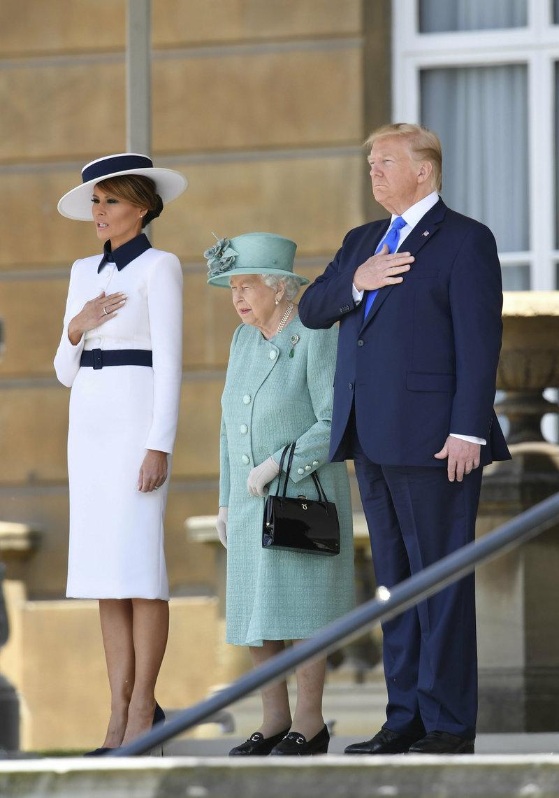 Μελάνια Τραμπ βασίλισσα Ελισάβετ Ντόναλντ Τραμπ