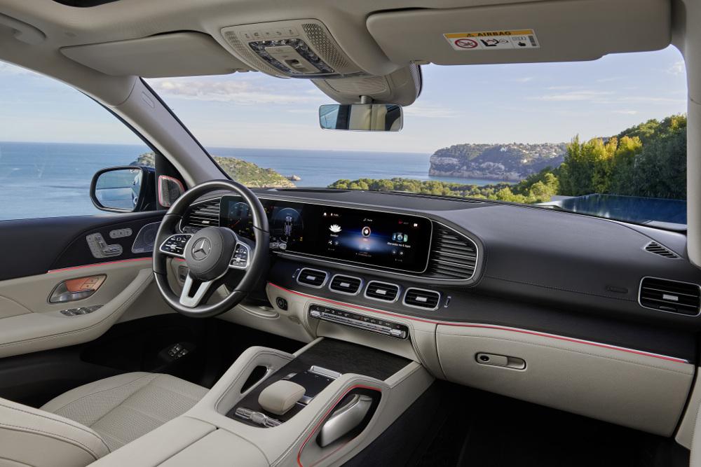 Το σαλόνι της Mercedes GLS μοιάζει με παλάτι