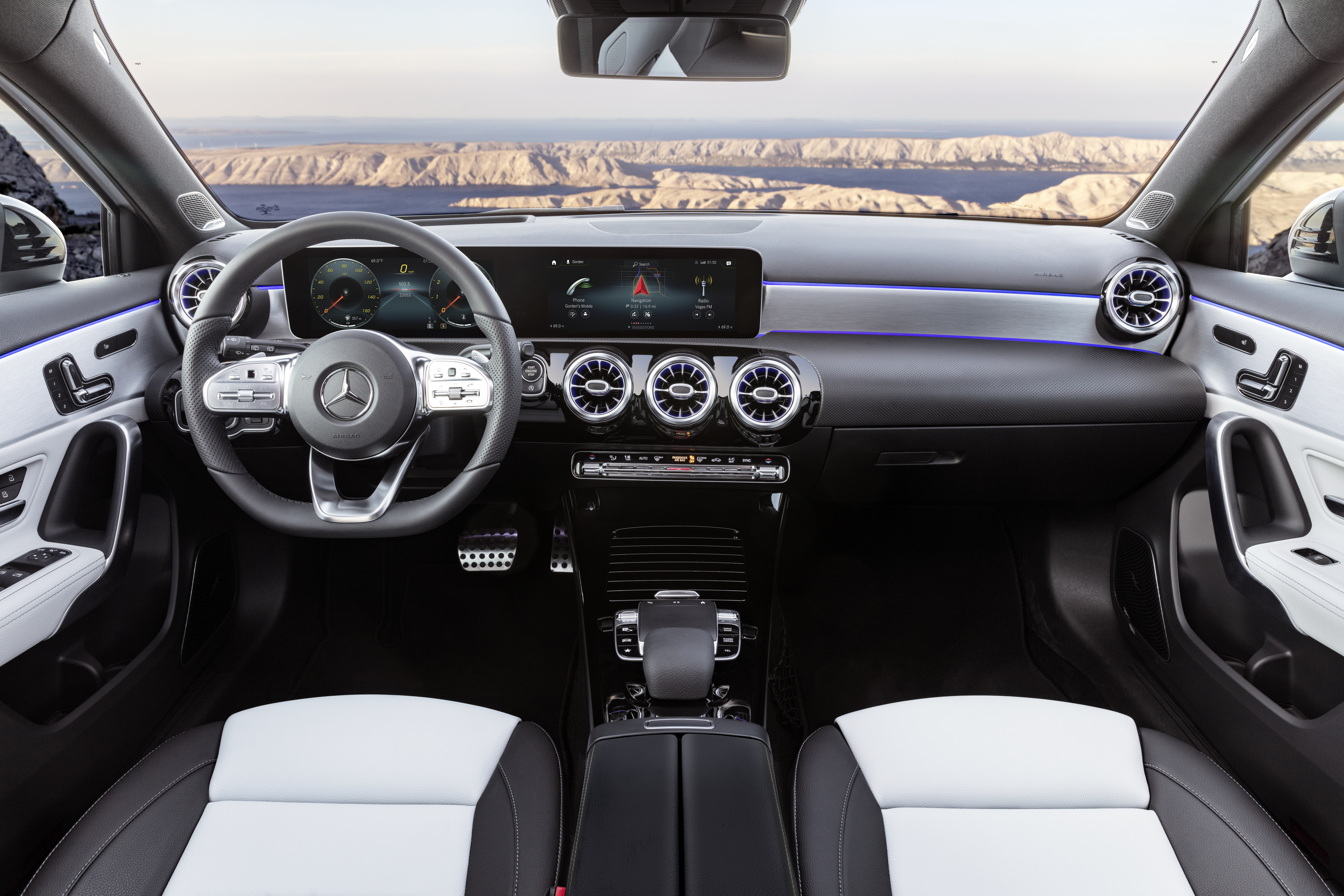 Ανετο και υπερσύγχρονο κόκπιτ της Mercedes A-160