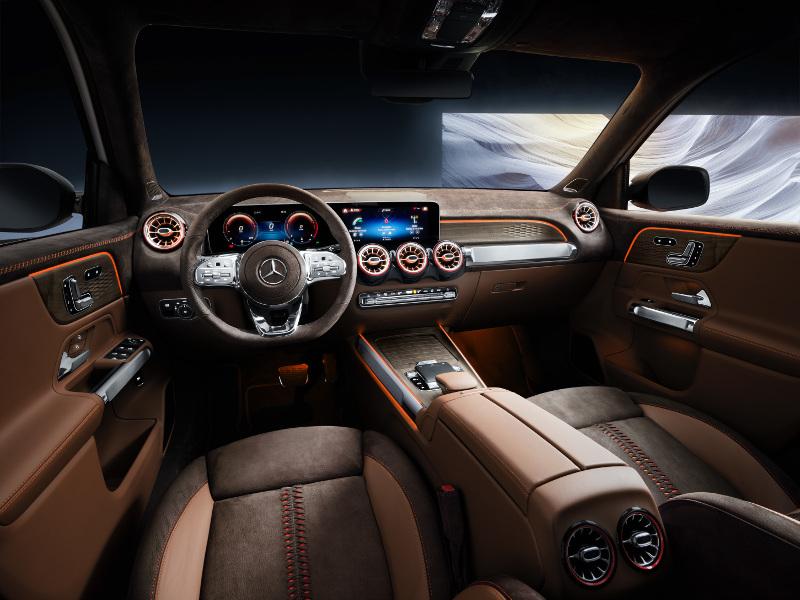Πολυτέλεια και άνεση στο εσωτερικό του SUV της Mercedes, της GLB