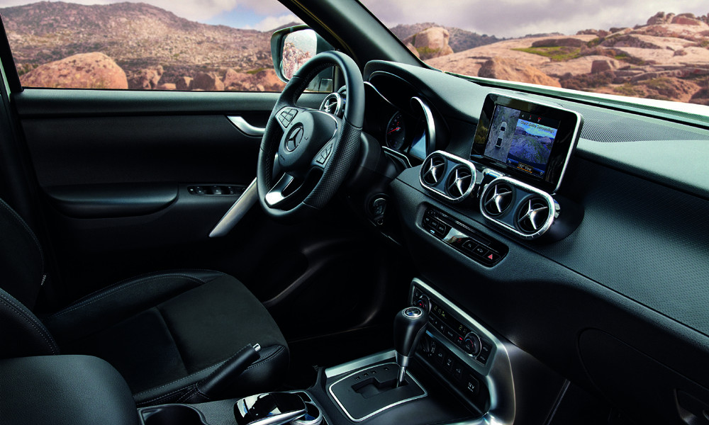 Mercedes X Class εσωτερικό