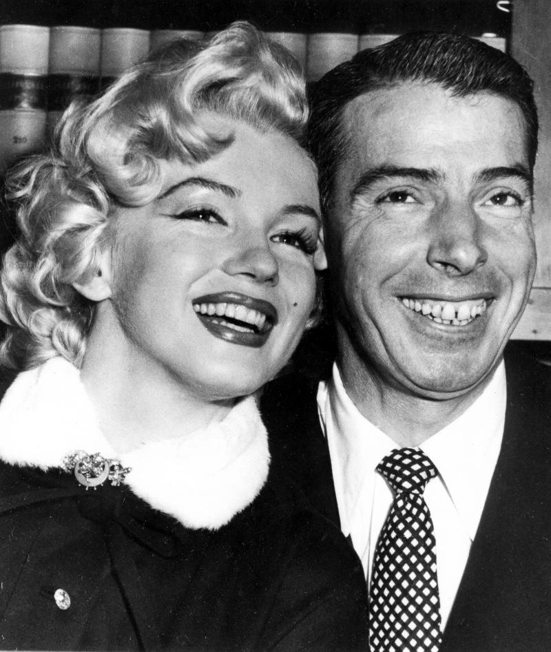 Η Μέριλιν Μονρόε με τον τότε σύζυγό της, Τζο ΝτιΜάτζιο