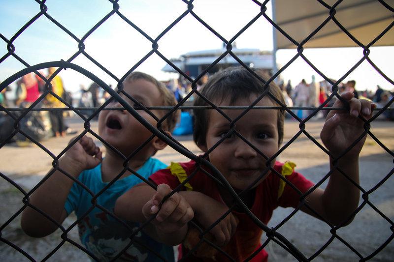 Στη Νέα Καβάλα οι πρώτοι πρόσφυγες από τη Μόρια (φωτό-βίντεο) 10