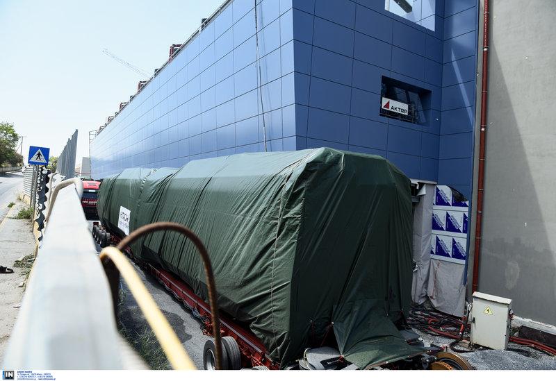 Ο σκεπασμένος συρμός έχει φτάσει στο αμαξοστάσιο της Πυλαίας