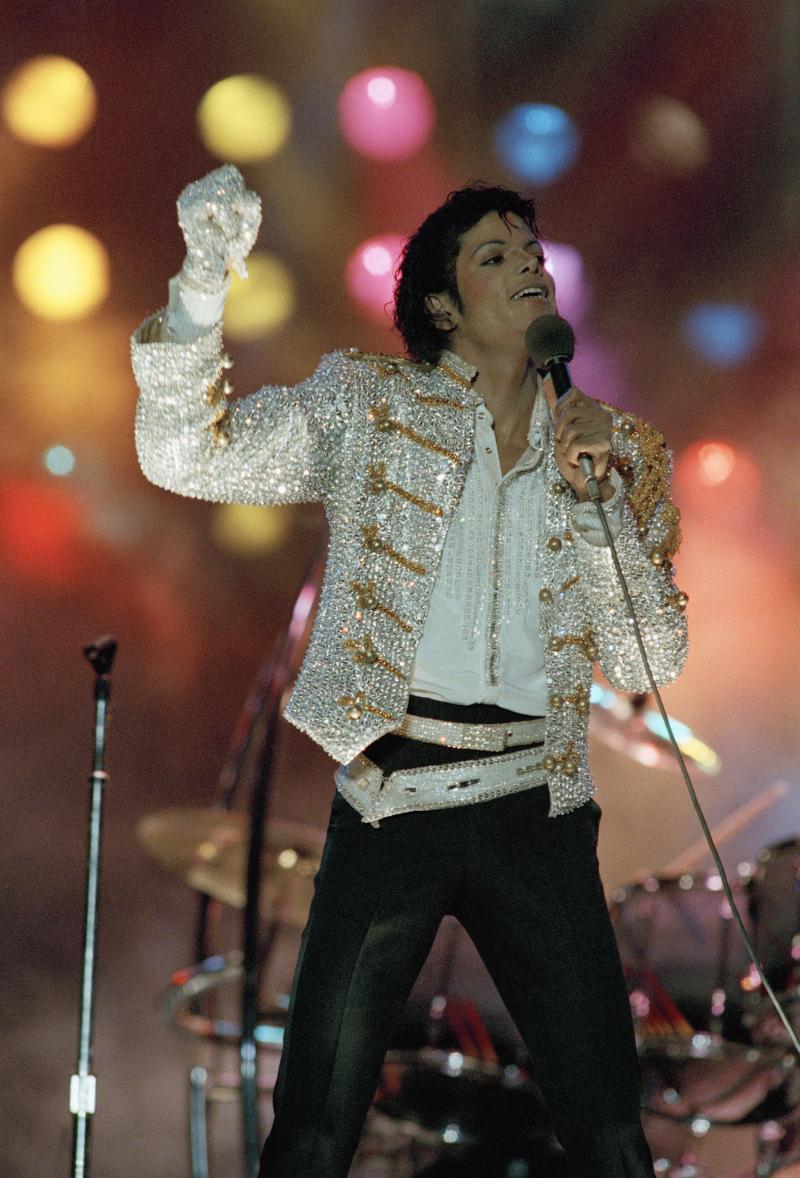 Ο Μάικλ Τζάκσον σε συναυλία το 1984