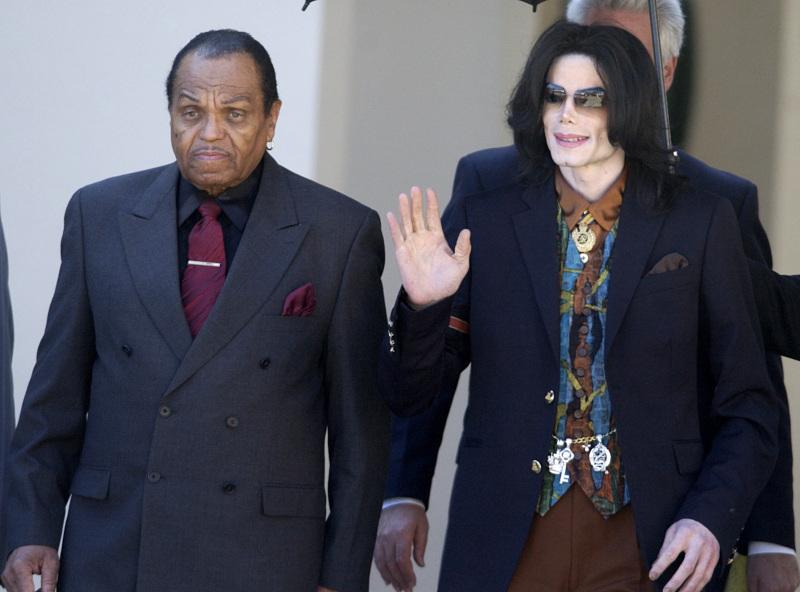 Ο Μάικλ Τζάκσον με τον πατέρα του, Τζο
