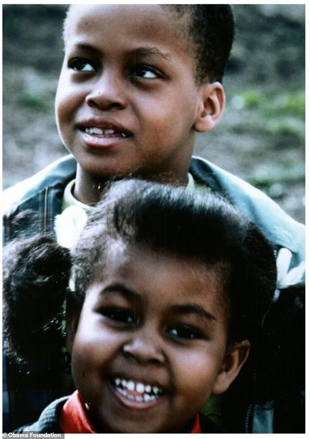 Η Μισέλ Ομπάμα με τον αδερφό της σε μικρή ηλικία