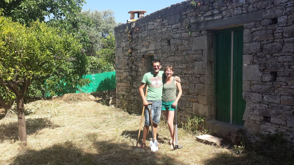 Φτιάχνοντας το σπίτι των ονείρων τους στην Κρήτη