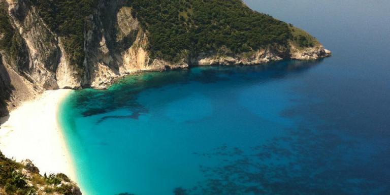 Η διάσημη παραλία Μύρτος στην Κεφαλονιά