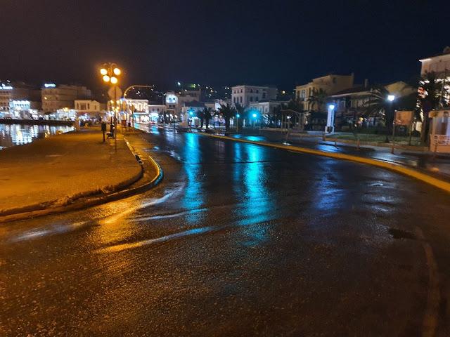 Δρόμος στο λιμάνι Μυτιλήνης