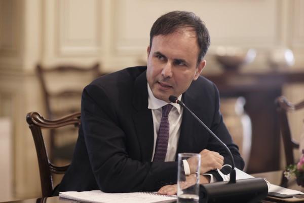 Στη τηλεδιάσκεψη συμμετείχε και ο επικεφαλής του Οικονομικού Γραφείου του Πρωθυπουργού Αλέξης Πατέλης