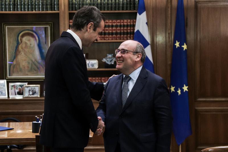 Ο πρωθυπουργός με τον António Vitorino στο Μέγαρο Μαξίμου