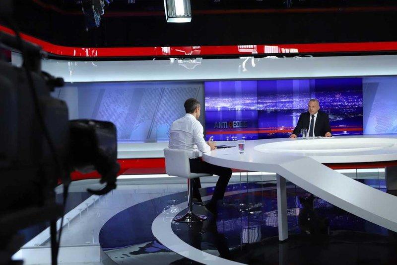 Ο Κυριάκος Μητσοτάκης παραχωρεί συνέντευξη στο ΚΡΗΤΗ TV και στον Γιώργο Σαχίνη