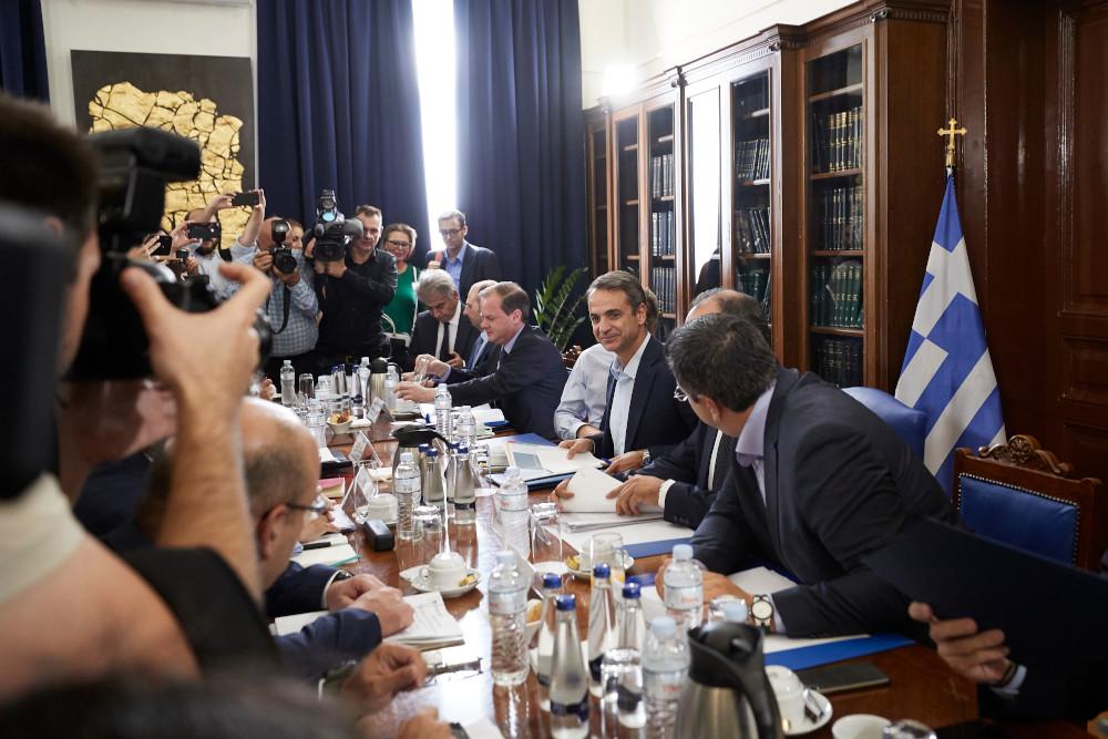 Ο Μητσοτάκης πήγε στη Θεσσαλονίκη για να τσεκάρει αν προχωρούν οι δεσμεύσεις του στη ΔΕΘ