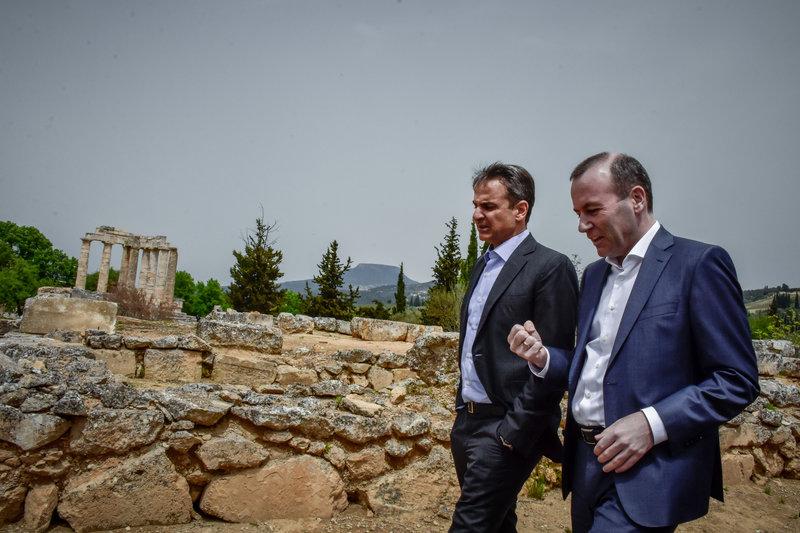 Από τη Νεμέα ο Κυριάκος Μητσοτάκης επιτέθηκε στον Αλέξη Τσίπρα και τον Παύλο Πολάκη